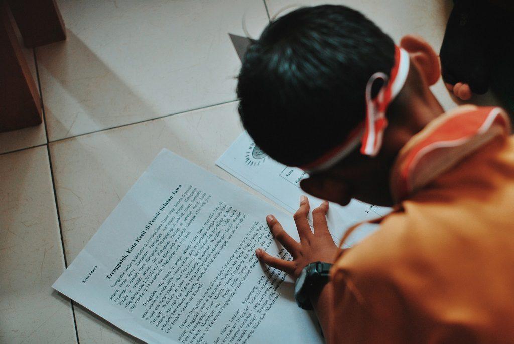 Essay on Proceeding with Informal WritingDarwinEssayNet